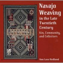 NAVAJO WEAVING IN THE LATE TWENTIETH CENTURY, 9780816524129