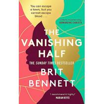 The Vanishing Half: Sunday Times Bestseller by Brit Bennett, 9780349701479