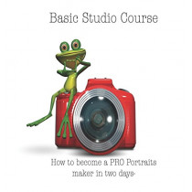 Basic Studio Course: How to Become a Pro Portraits Maker in Two Days- by John a Pichardo, 9780692141625