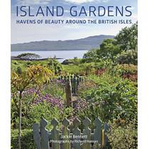 Island Gardens: Havens of Beauty Around the British Isles by Jackie Bennett, 9780711239753