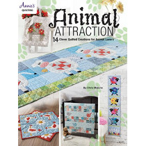 Animal Attraction: 14 Clever Quilted Creations for Animal Lovers by Chris Malone, 9781590129302