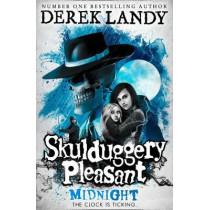 Midnight (Skulduggery Pleasant, Book 11) by Derek Landy, 9780008284596