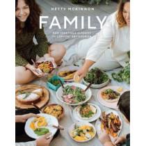 Family: New Vegetarian Comfort Food to Nourish Every Day by Hetty McKinnon, 9783791385426