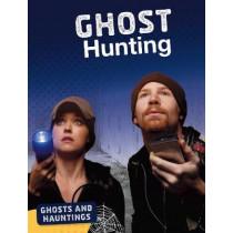 Ghost Hunting by Ellis M. Reed, 9781474773645